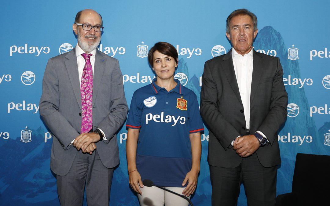 Pelayo y la Real Federación Española de Fútbol contra el cáncer de mama